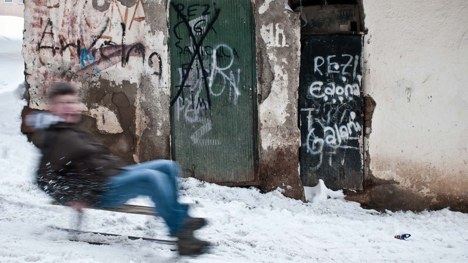 KOSOVO ON THE ROCKS