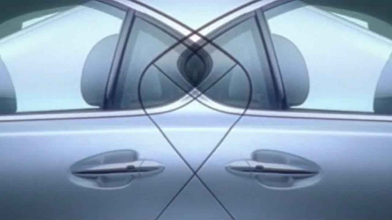 Lexus IS.