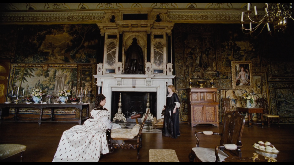 """""""The Favourite"""" - Additional Photography Screenshot 2019-04-28 at 19.03.00"""