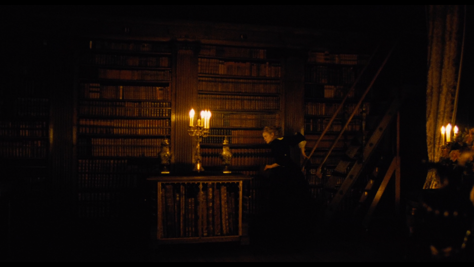 """""""The Favourite"""" - Additional Photography Screenshot 2019-04-28 at 18.55.43"""