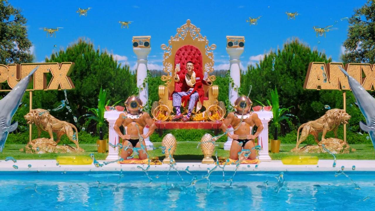 vodafoneYu - putx amx piscina