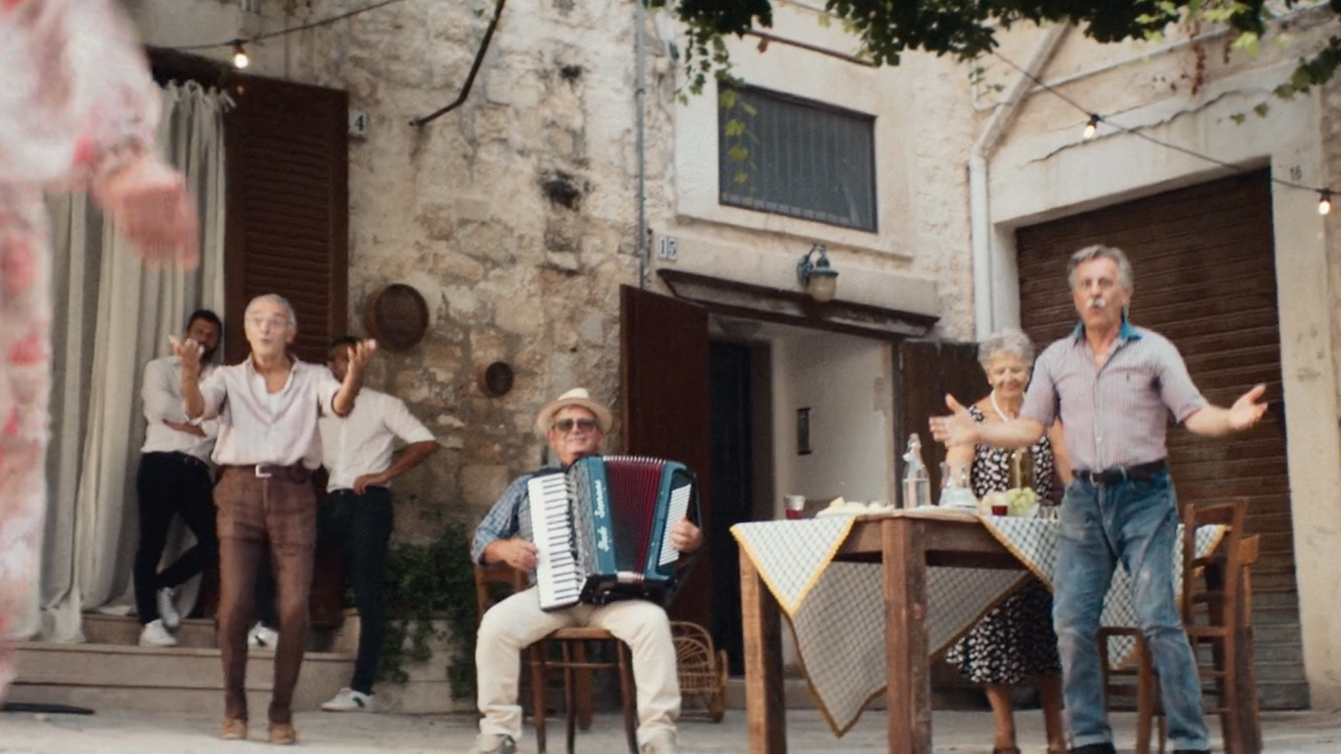 land of fashion - la dolce vita