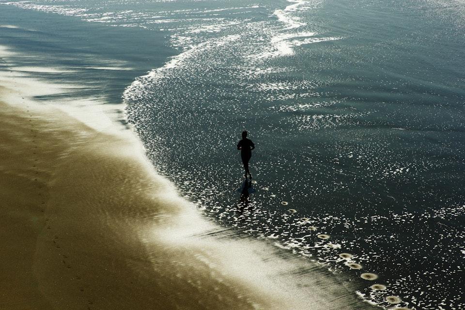 Landscapes - SF_beach_running