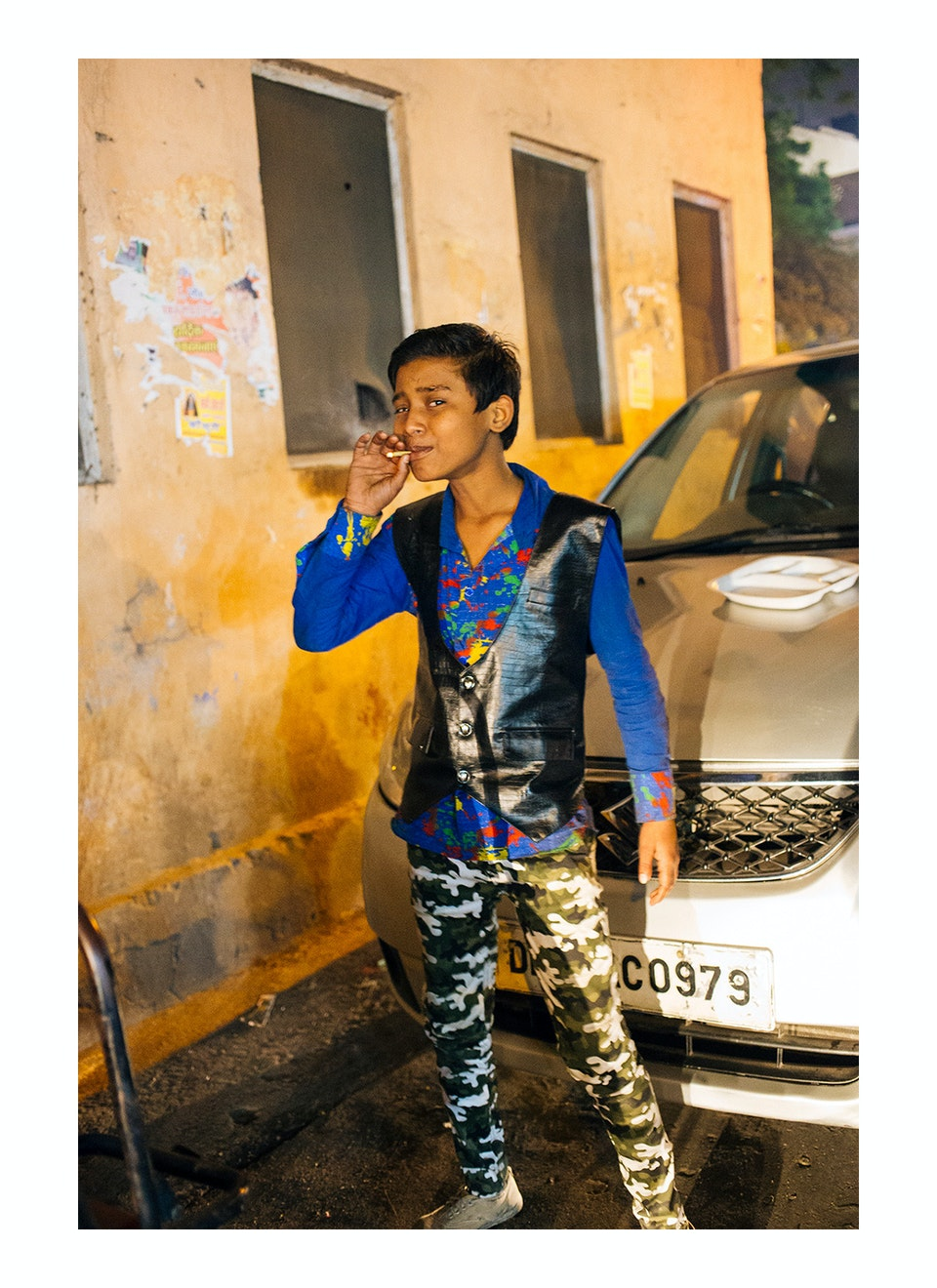 Overview Delhi_smoking_youth