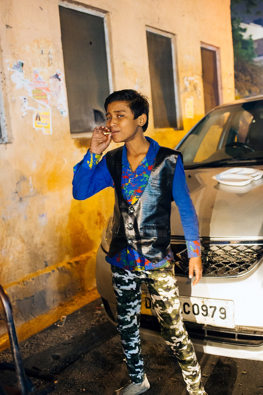 Delhi_smoking_youth2