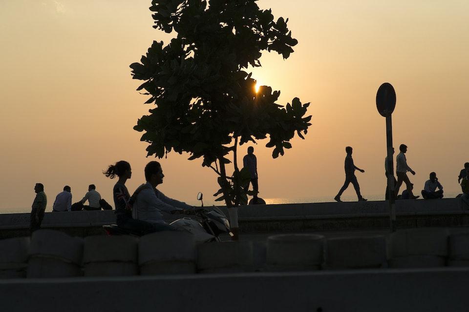 Landscapes - Mumbai_bay_people