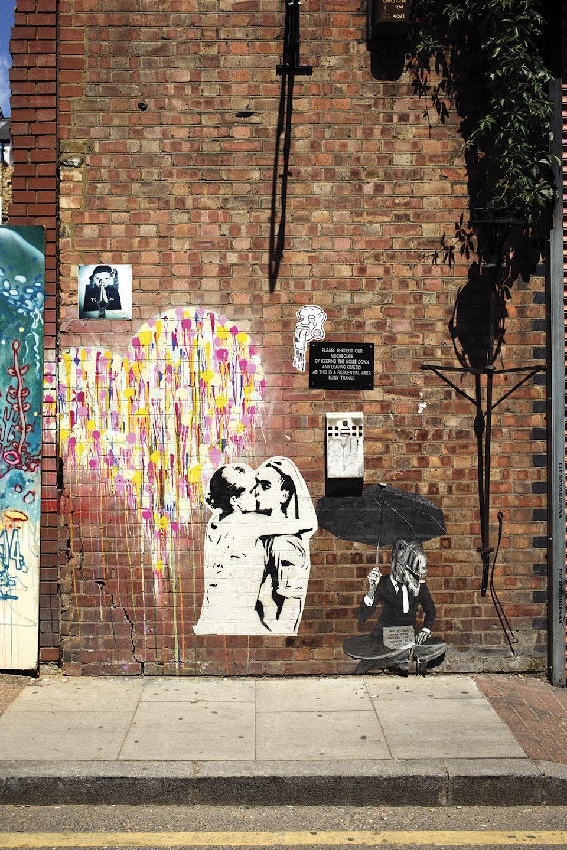 Levi's East London EastLondon_kiss