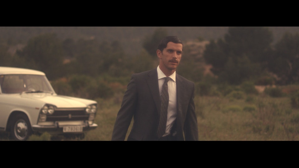 "Un Largo Camino ""A long road"""
