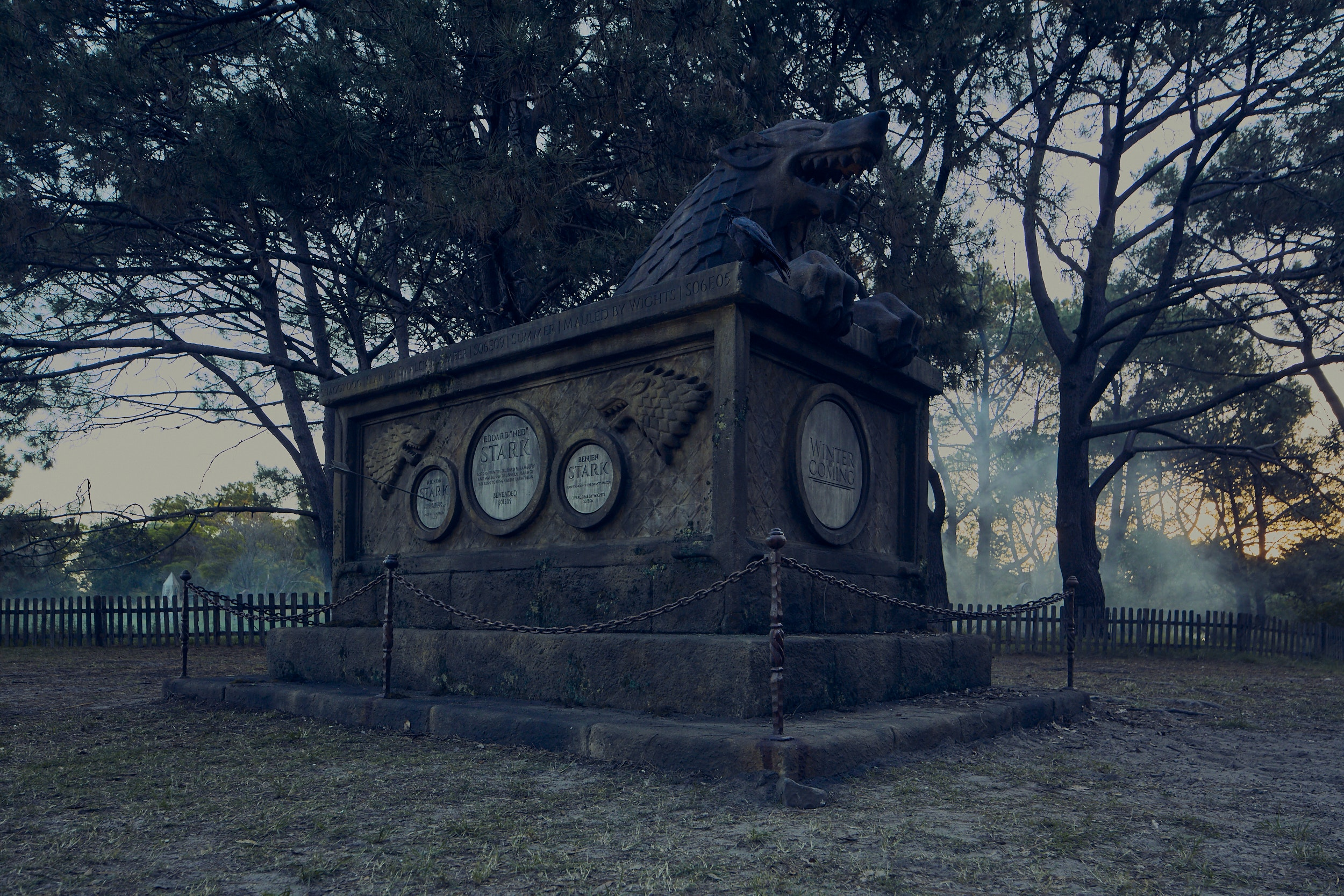 ENZO. PRODUCTION DESIGN. PRE-VIS. - Stark Mausoleum