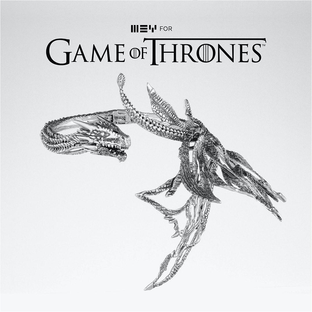 MEYforGOT_Daenerys-Drogon-Neck-Sculpture-(0-00-08-18)_1