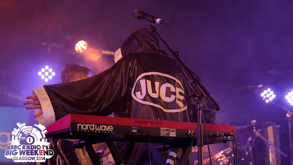 JUCE Video & Stage (Island Records)