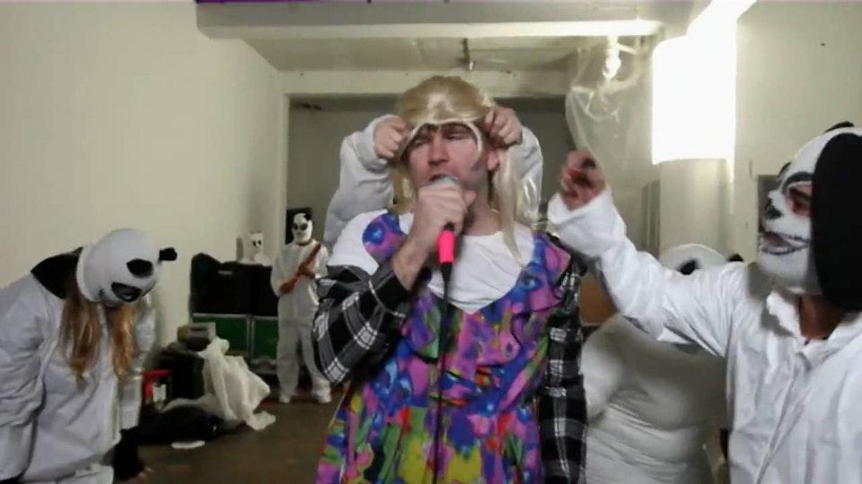 BUG Videos - The Evolution of Music Video - Drunk Girls