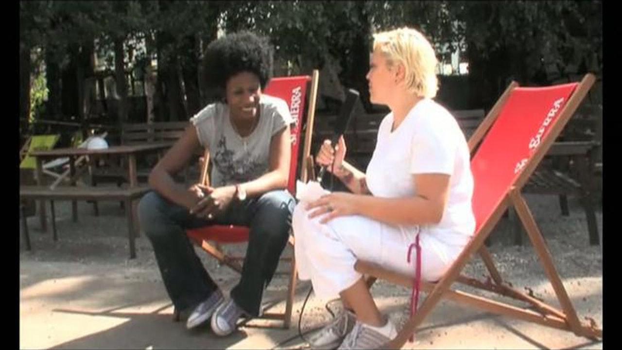 Sister Fa - A female Hip Hop Artist from Senegal