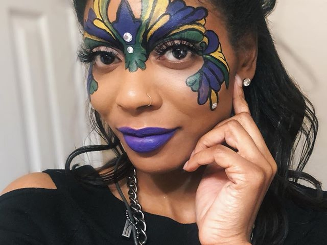 Makeup artistry is an escape to a creative peaceful land. Come join me! This was inspired by my clients request to have a Mardi Gras Mask. @Beluxxia Beauty Lashes: Vicki Vixen #mardigras #mardigras2019 #mardigrasmask #maskmakeup #facesbyfiona #afterworkfun #dallasmakeup #dallasmakeupartist #dfwmakeup #dfwmakeupartist