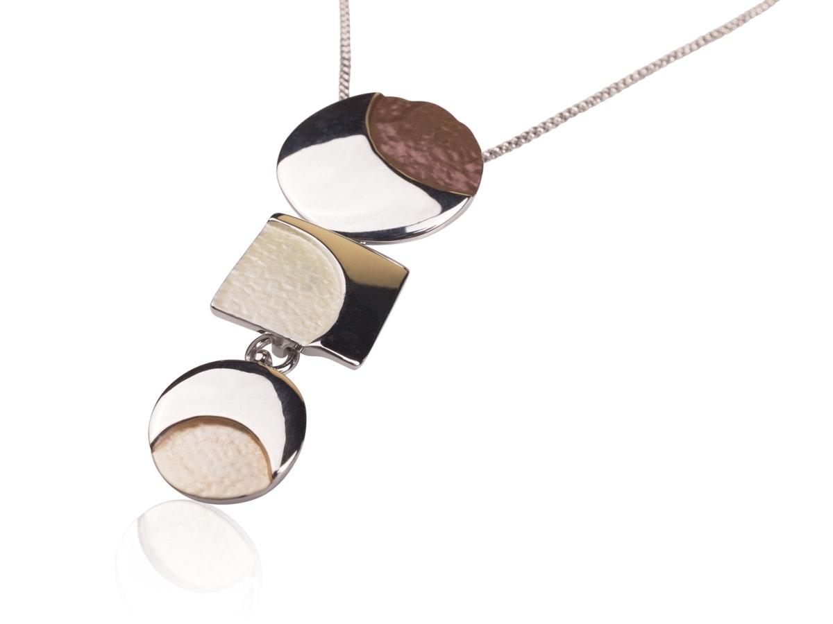 fotografo bigiotteria sardegna gioielli pendente collana argento