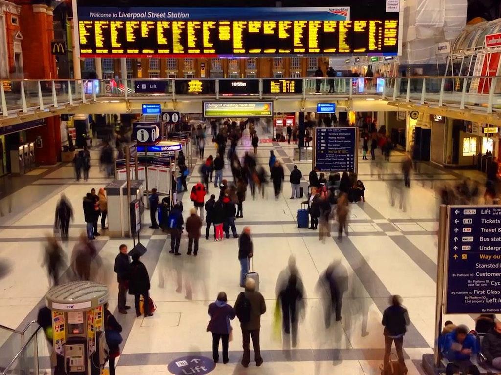Liverpool Street Station // iPhone 5