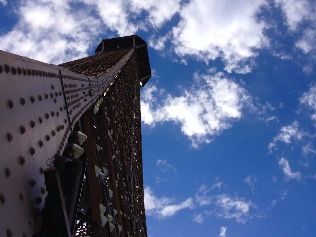 A Short Journey 'Eiffel Tower' // iPhone 4S