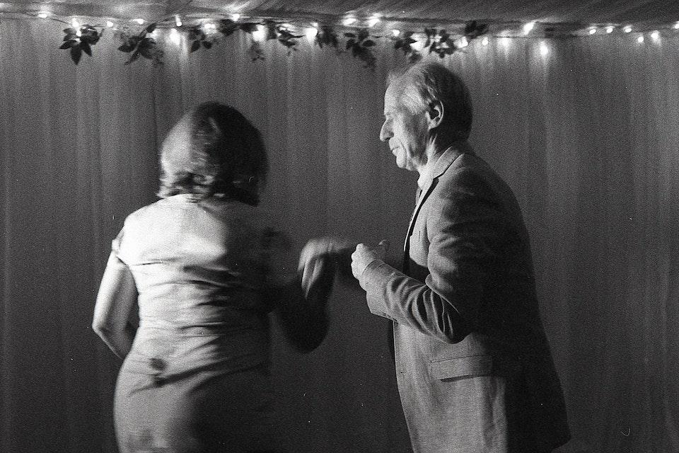 Asli Umut - Dancing In The Dark