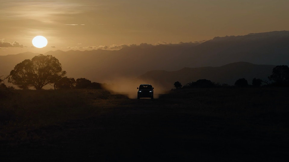 MATT SHAW CINEMATOGRAPHER - Land Rover Defender - In The Land of the Lions