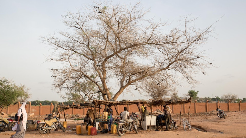 Niger - Streets Niger(web)-84