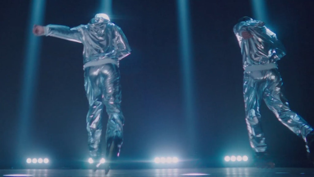 THE CHEMICAL BROTHERS - Dir: Adam Smith