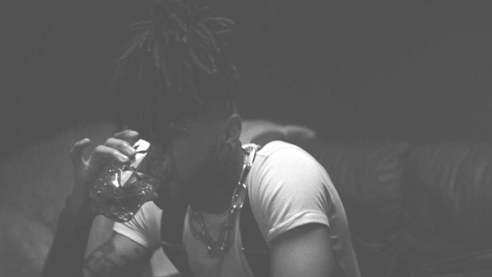 Scarlxrd - LIVING LEGEND - Official video