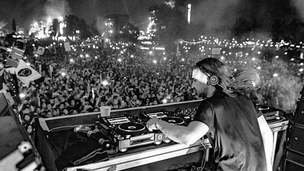 Skrillex LIVE - EDC Mexico - stream excerpt