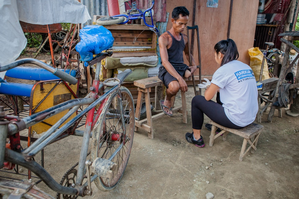 Tacloban, Handicap International 2