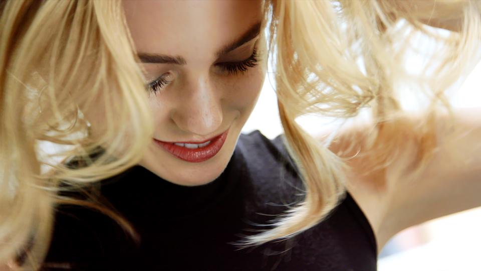 Allure | Hair Flip with Nexxus