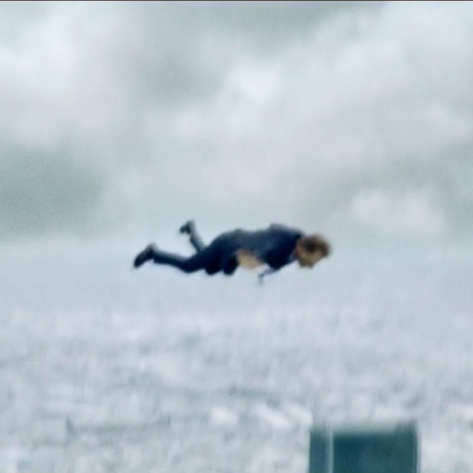 Falling (Trailer) Screen Shot 2019-06-20 at 11.26.39 AM