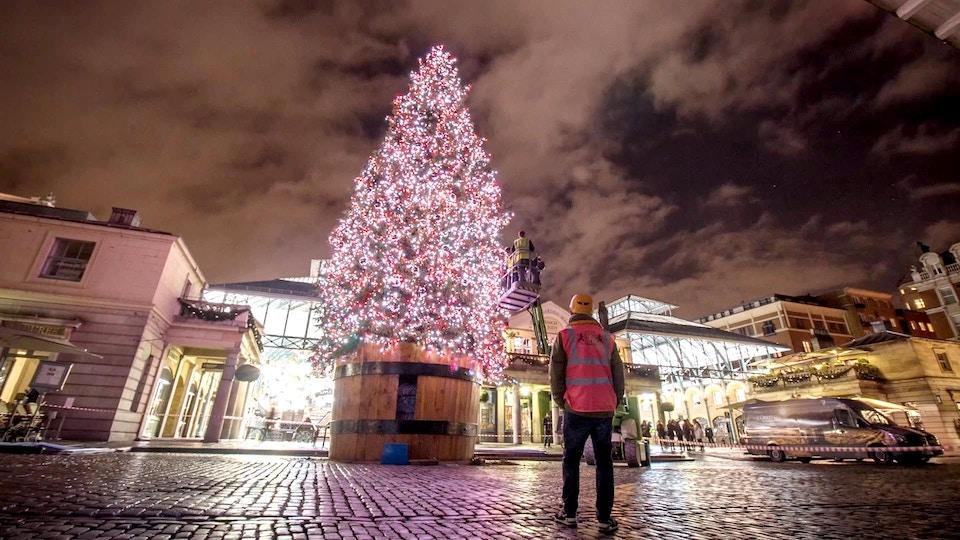 Covent Garden - Christmas Lights Timelapse