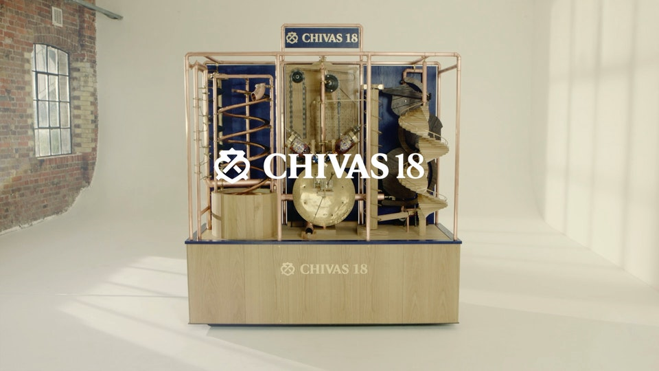 Chivas 18 - The Whisky Pouring Machine