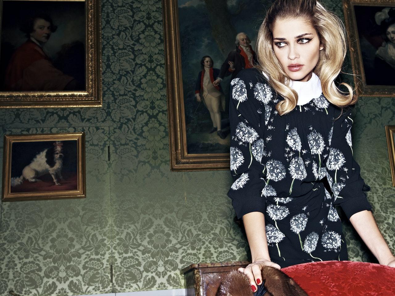 Fashion - Editorial  /  Photographer: Thomas Nützl  /  ELLE Russia