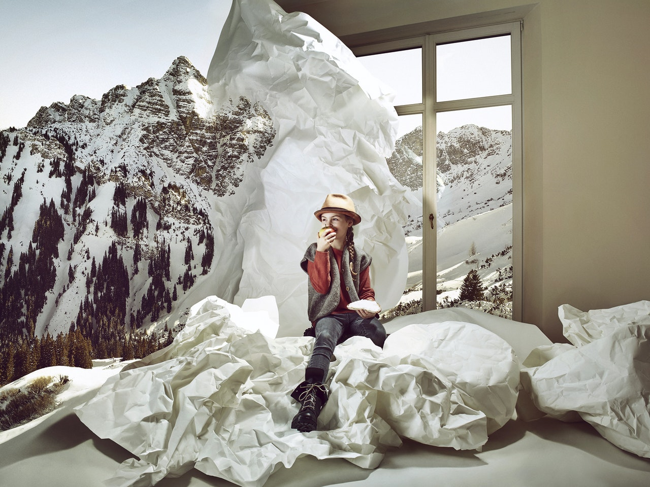 Conceptual - IM JETZT  /  Photographer: Claus Morgenstern