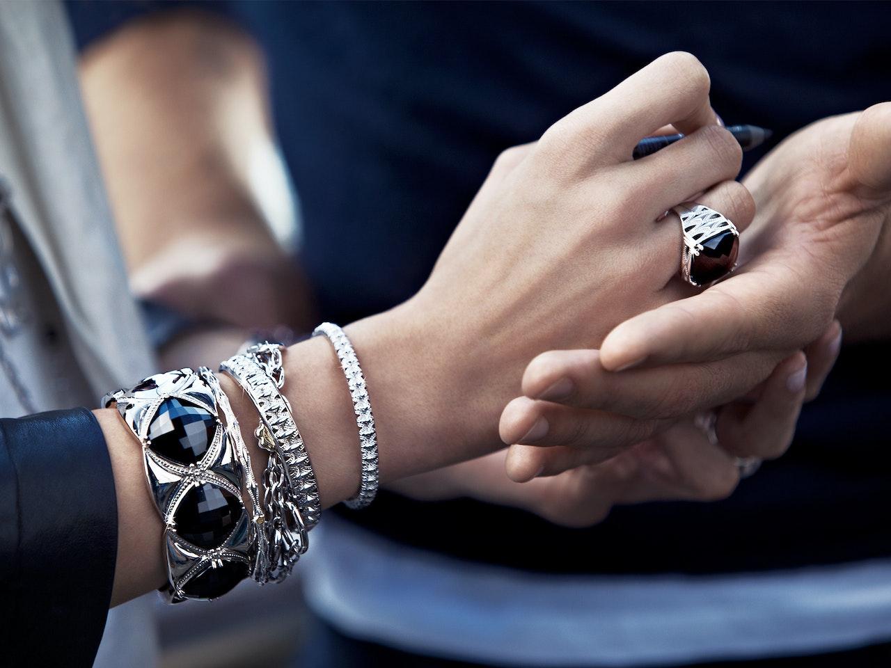 Fashion - TACORI Jewellery  /  Photographer: Thomas Nützl