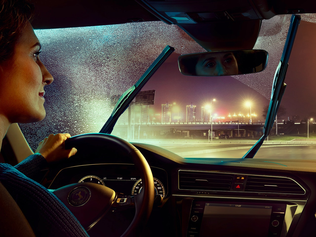 Ads - CONTINENTAL  /  Photographer: Per Schorn  /  Agency: Serviceplan