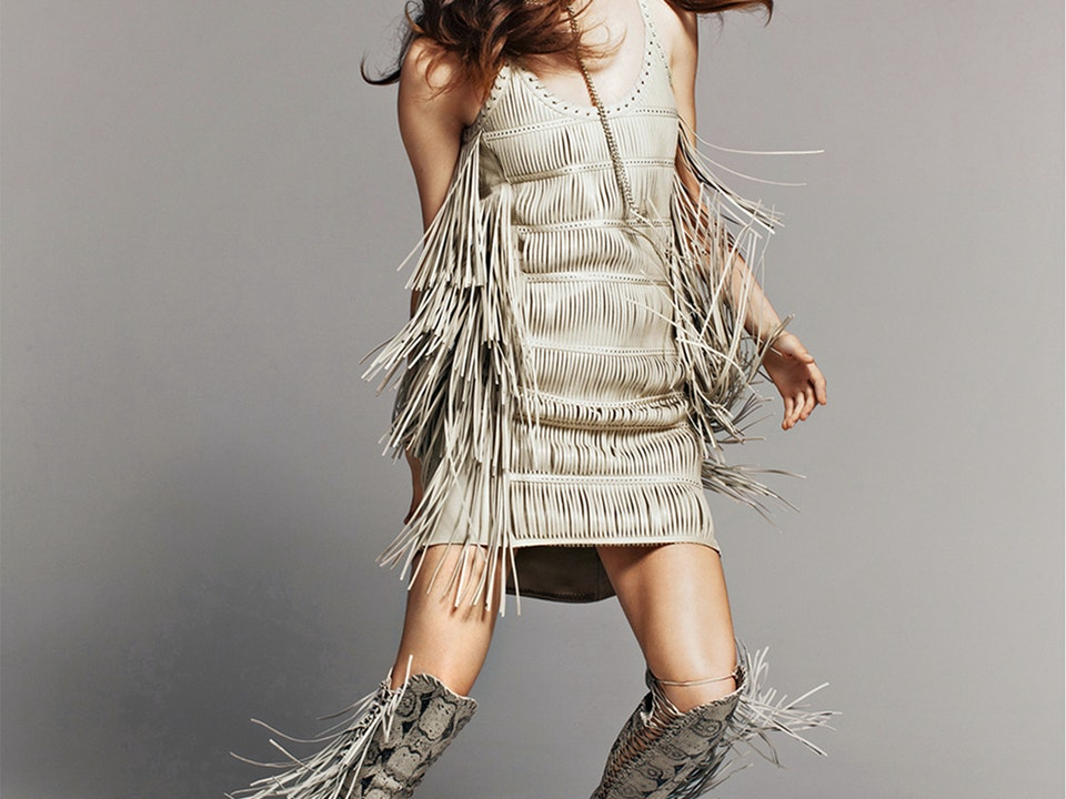 Fashion - Editorial  /  Photographer: Thomas Nützl  /  Marie Claire US