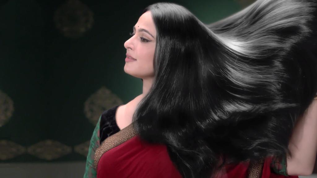 Dabur Amla feat Anushka Shetty