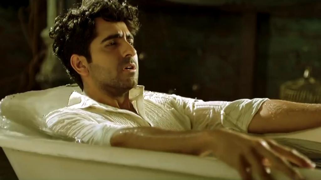 Hawaizaada Theatrical Trailer - Ayushmann Khurrana, Pallavi Sharda
