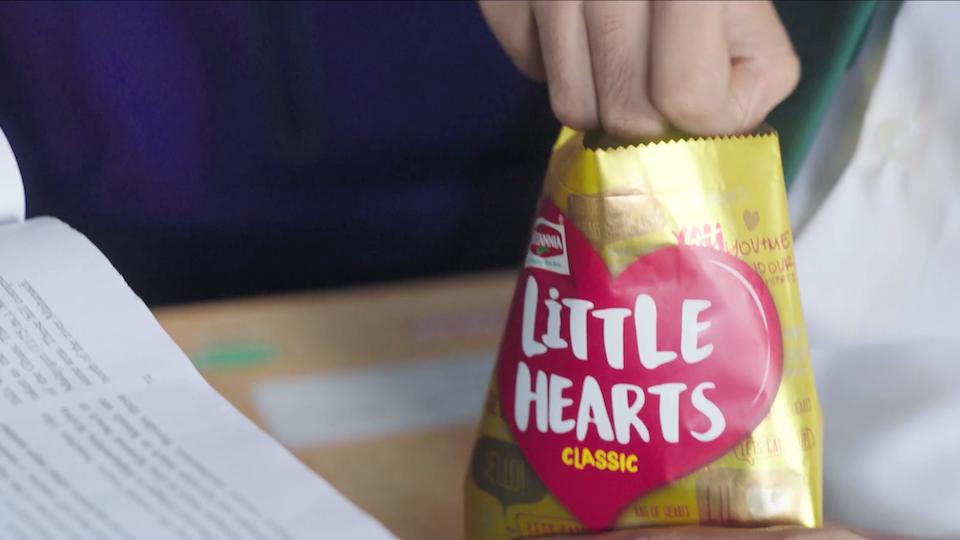 Little Hearts - The Classroom (Director's Cut)