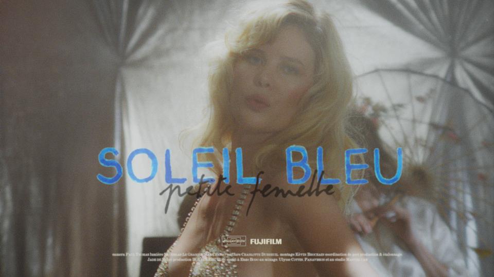 Petite Femelle by Soleil Bleu