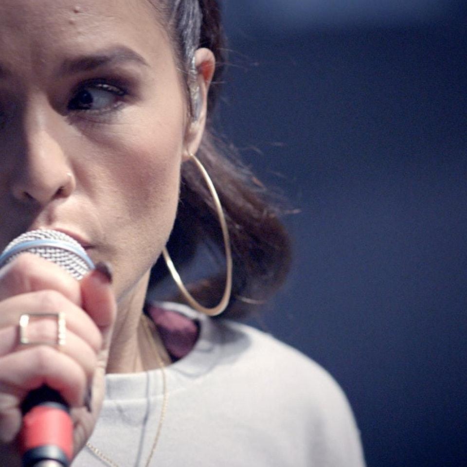 VERONICA BALTA / line producer - Microsoft- Jessie Ware