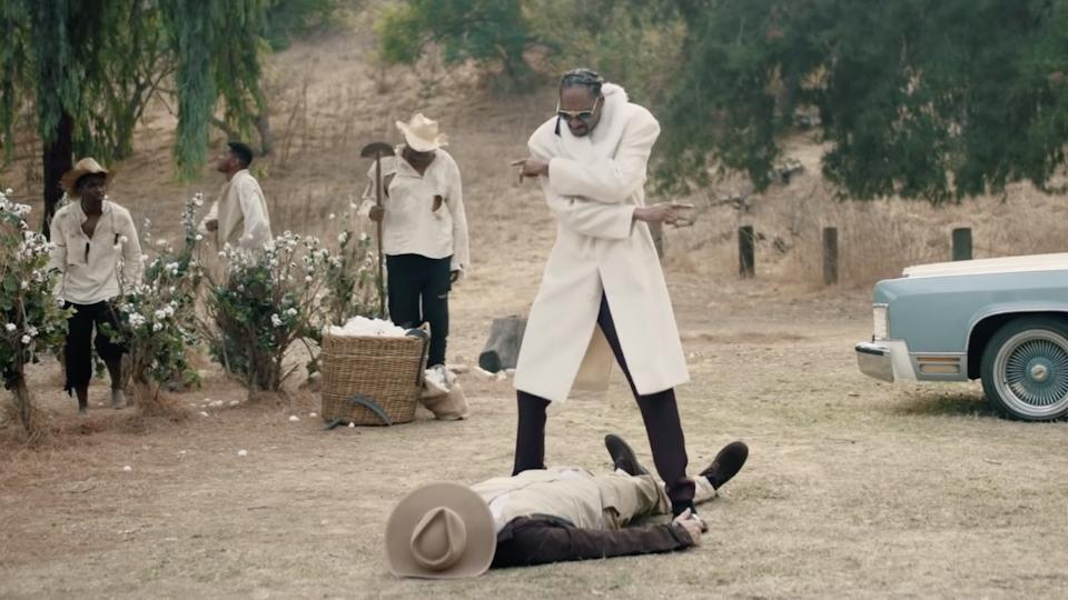 Snoop Dogg - I C Your Bullsh*t (Official Video)