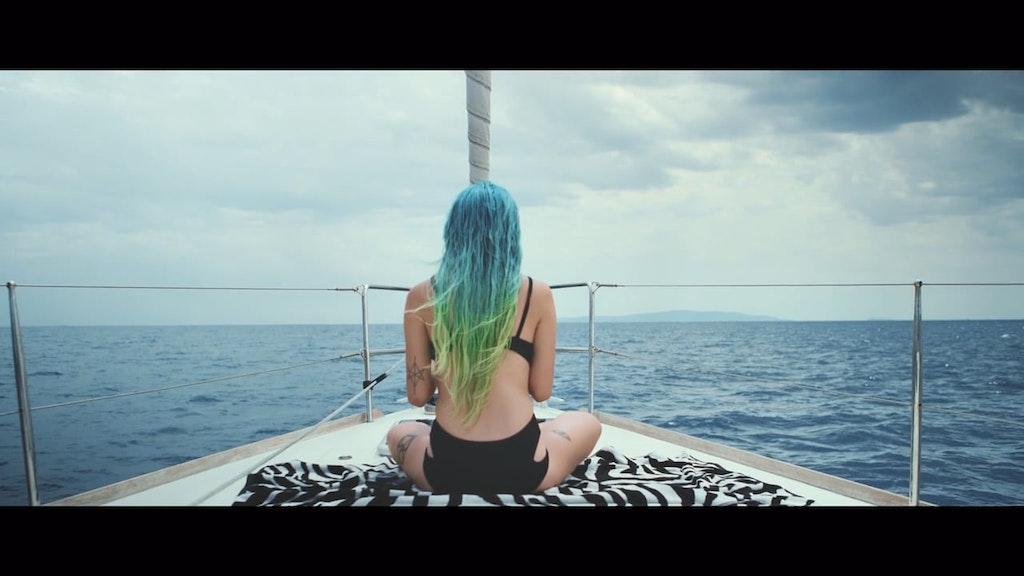 Tinder | The Yacht Week
