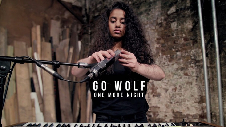 GO WOLF / One More Night