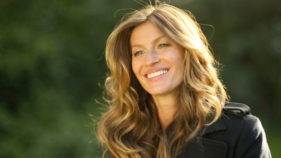 Gisele For H&M - 'Gisele's Fall Fashion Favourites'