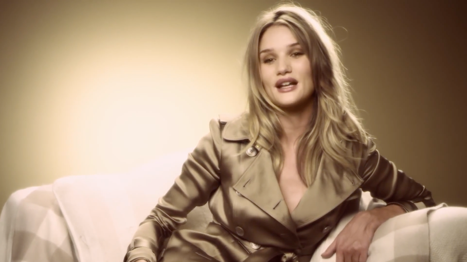 Rosie Huntington-Whiteley Thanks Burberry Facebook Fans