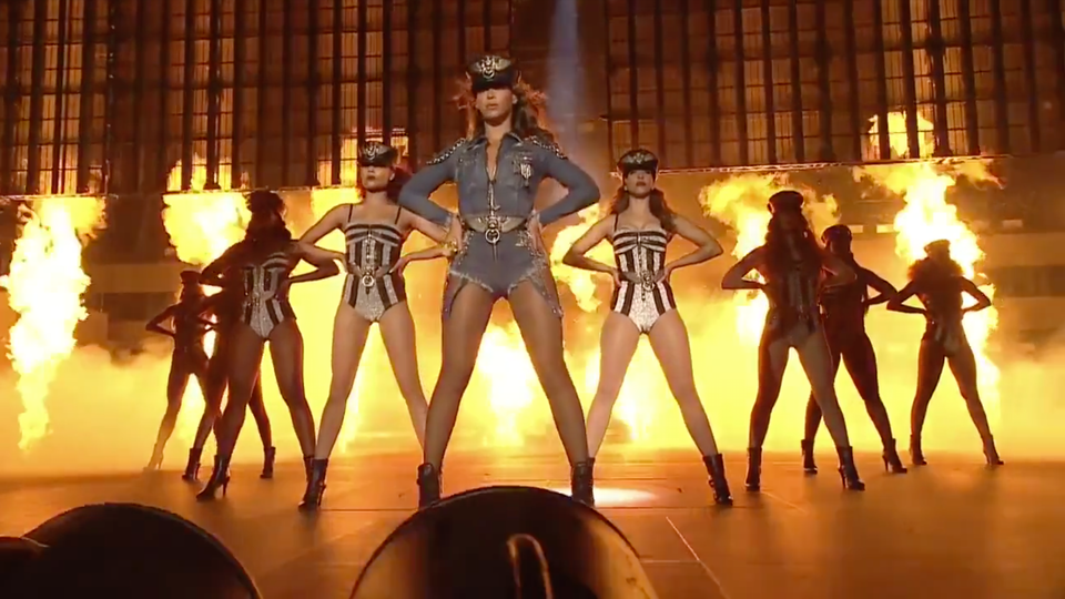 Beyonce + Jay-Z  'ON THE RUN' Concert Film Trailer