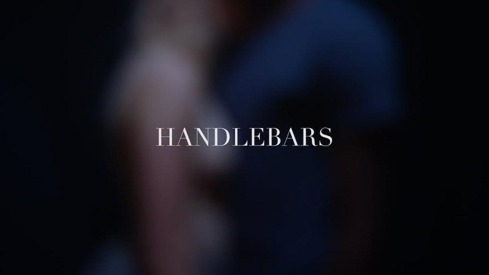 "R O B I ""Handlebars"" Live Performance Video"
