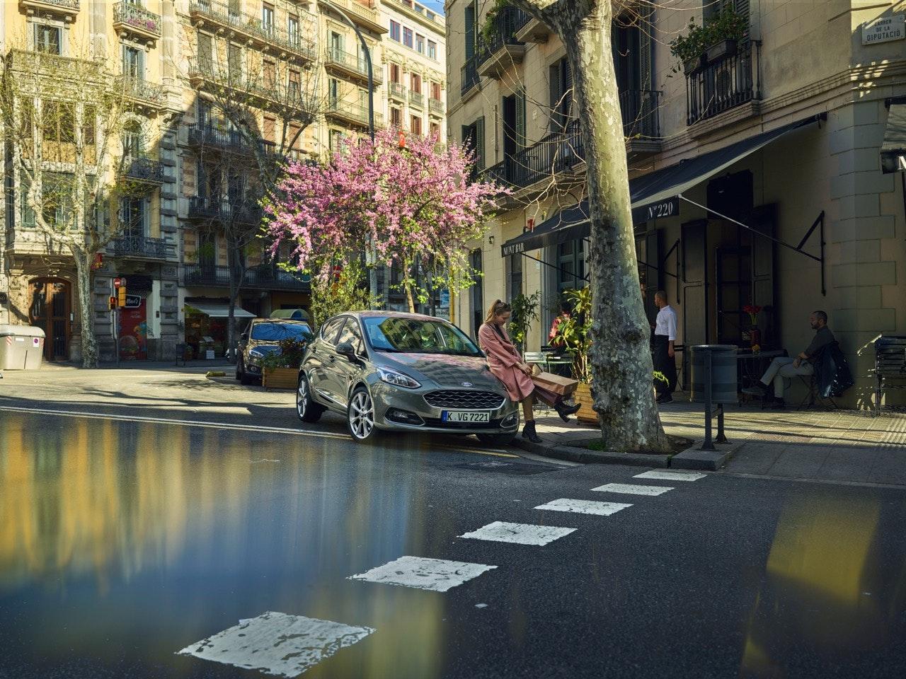 06_Ford_Fiesta_Vignale_Mont_Bar_BCN_305_v10_UK